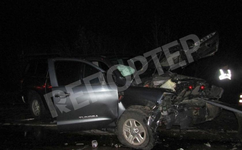 Под Запорожьем лобовое столкновение авто с множеством жертв