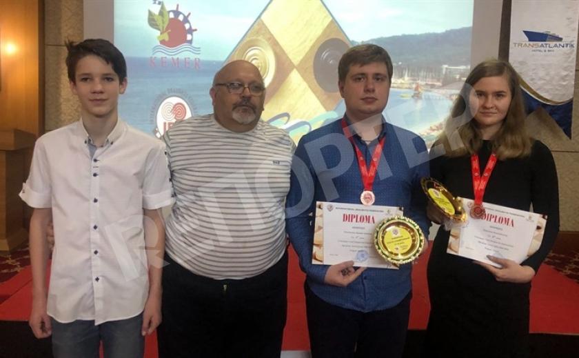 Запорожские шашисты стали призерами Чемпионата Европы