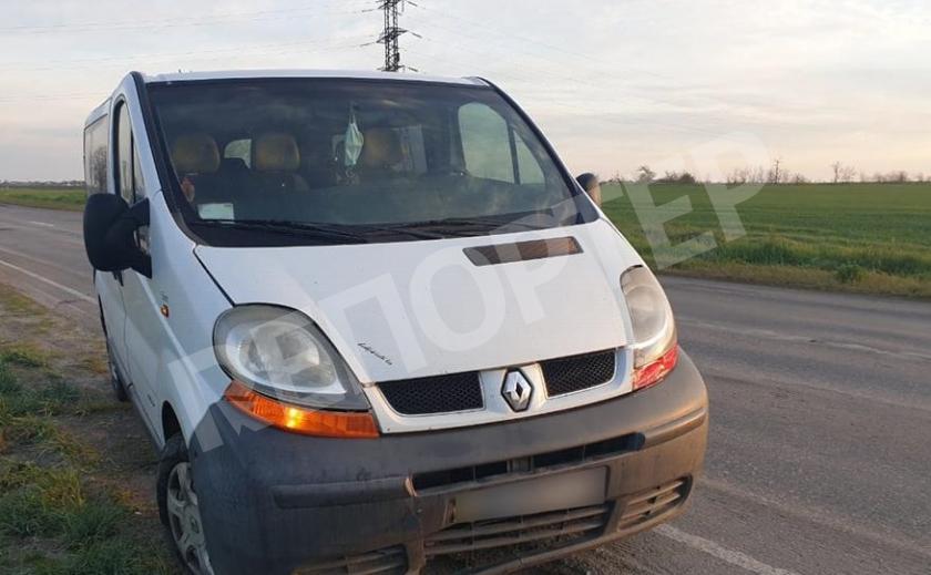 Под колесами микроавтобуса погиб запорожский парень