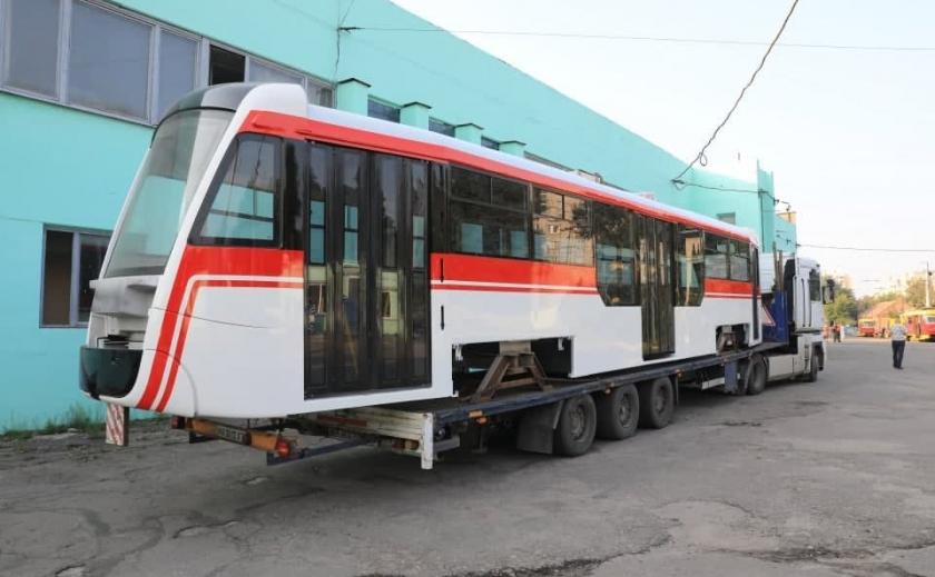 В Запорожье продолжают обновлять трамвайный парк новыми вагонами