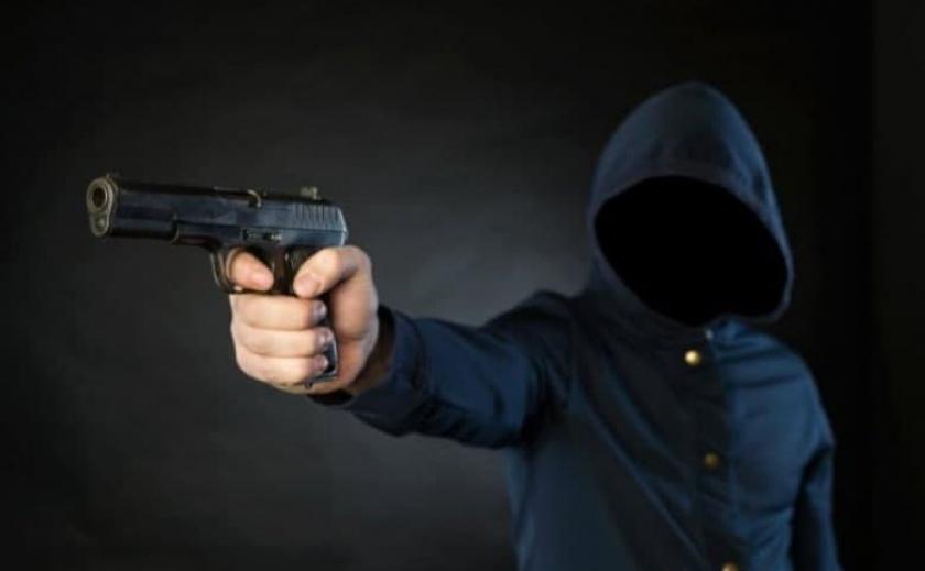 Стрелял в голову: в Запорожье во время спецоперации задержан подозреваемый в покушении на убийство на Днепропетровщине