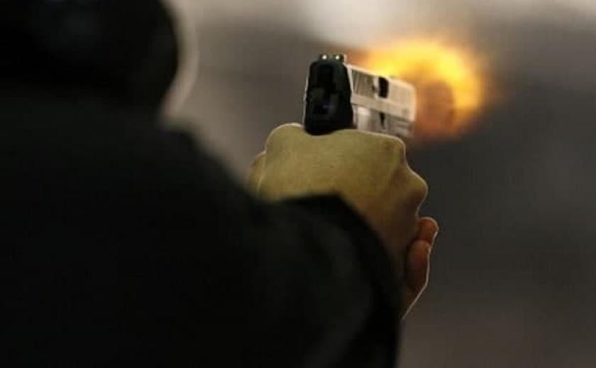 В Запорожской области отчим с помощью пистолета хотел вернуть 14-летнего парня домой