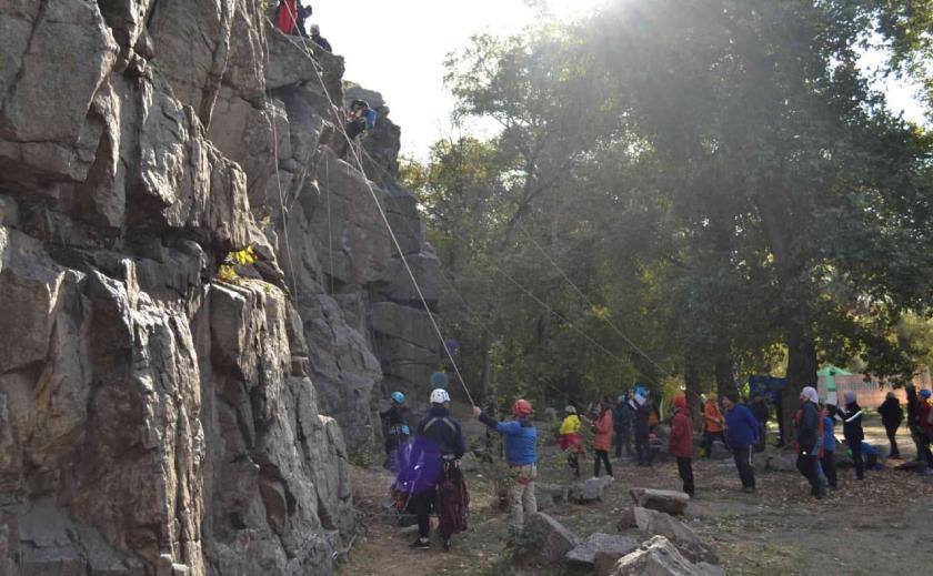 Студенты Днепропетровщины и Запорожья стали призерами чемпионата Украины по горному туризму