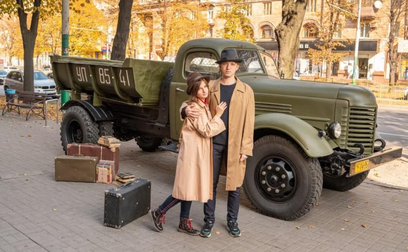 В Запорожье открыли фотолокацию к 65-летию фильма «Весна на Заречной улице»
