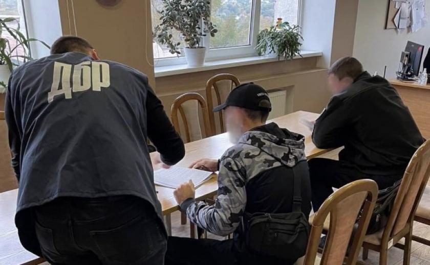 ГБР уличила двоих полицейских в Запорожье в избиении мужчины