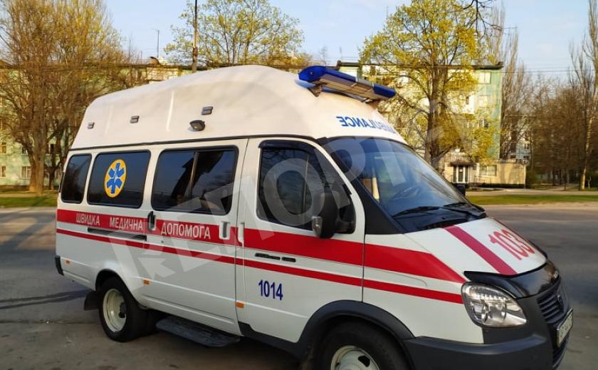 В Кирилловке на Азове ребенок упал с горки на бетонную плиту