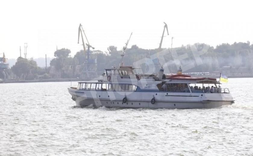 Запорожские дачные катера меняют расписание
